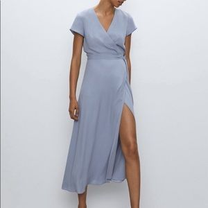 ⭐️Aritzia Babaton Wrap Dress with slit❤️EUC! Like new!⭐️